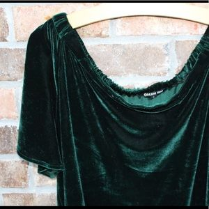 Gianni Bini Green Velvet Tunic